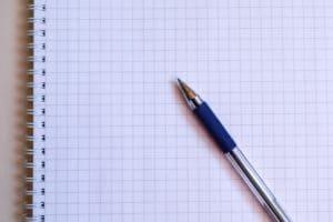kartka i długopis