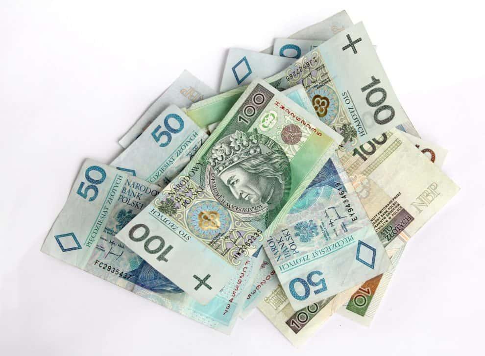 Płaca minimalna 2019 pięćdziesiąt plus, a pięćset minus