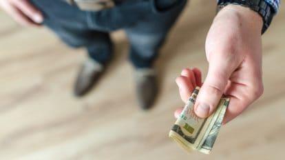 Kto może liczyć na zwrot kosztów kredytu przy wcześniejszej spłacie